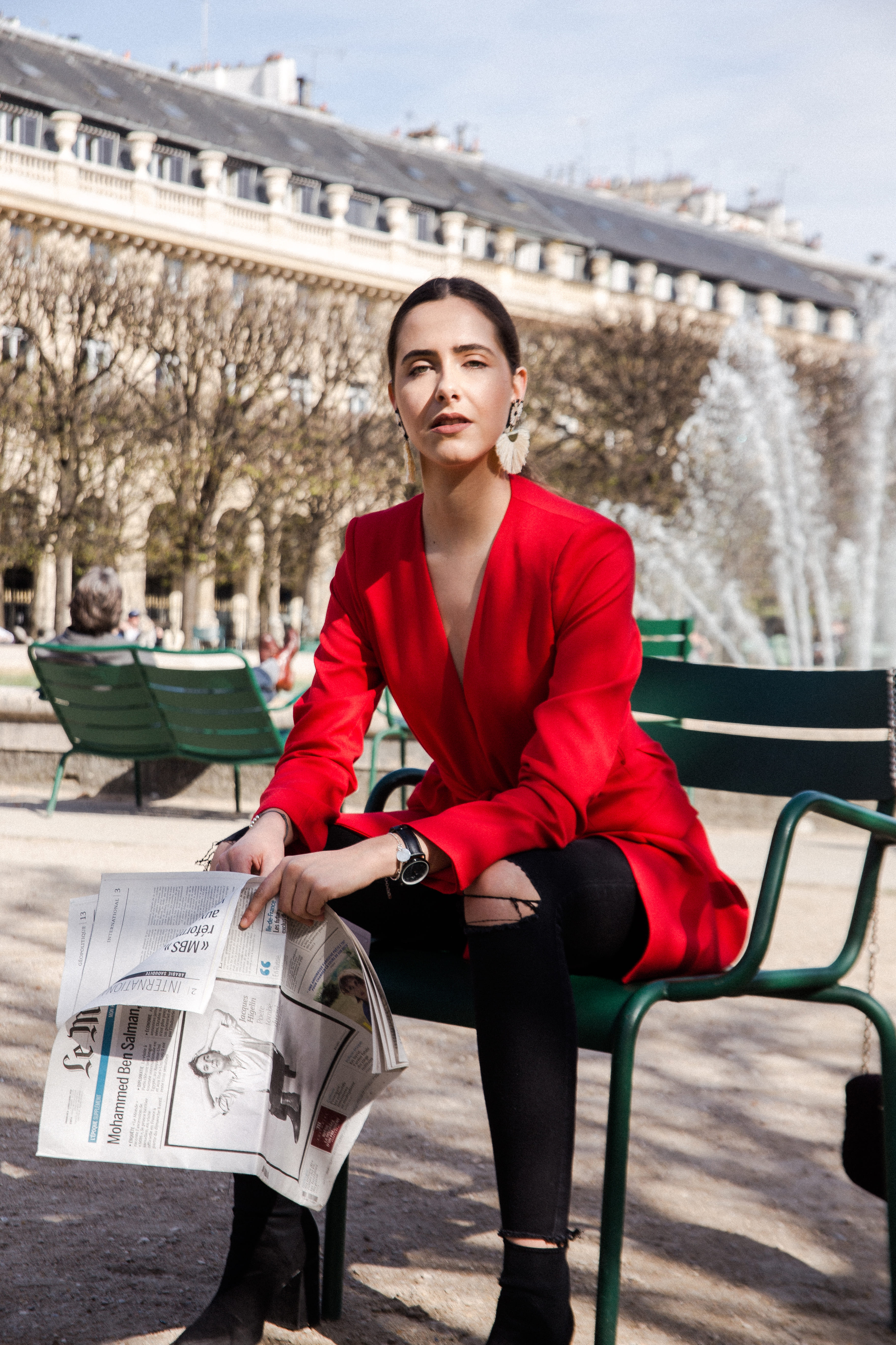 look-veste-tailleur-rouge