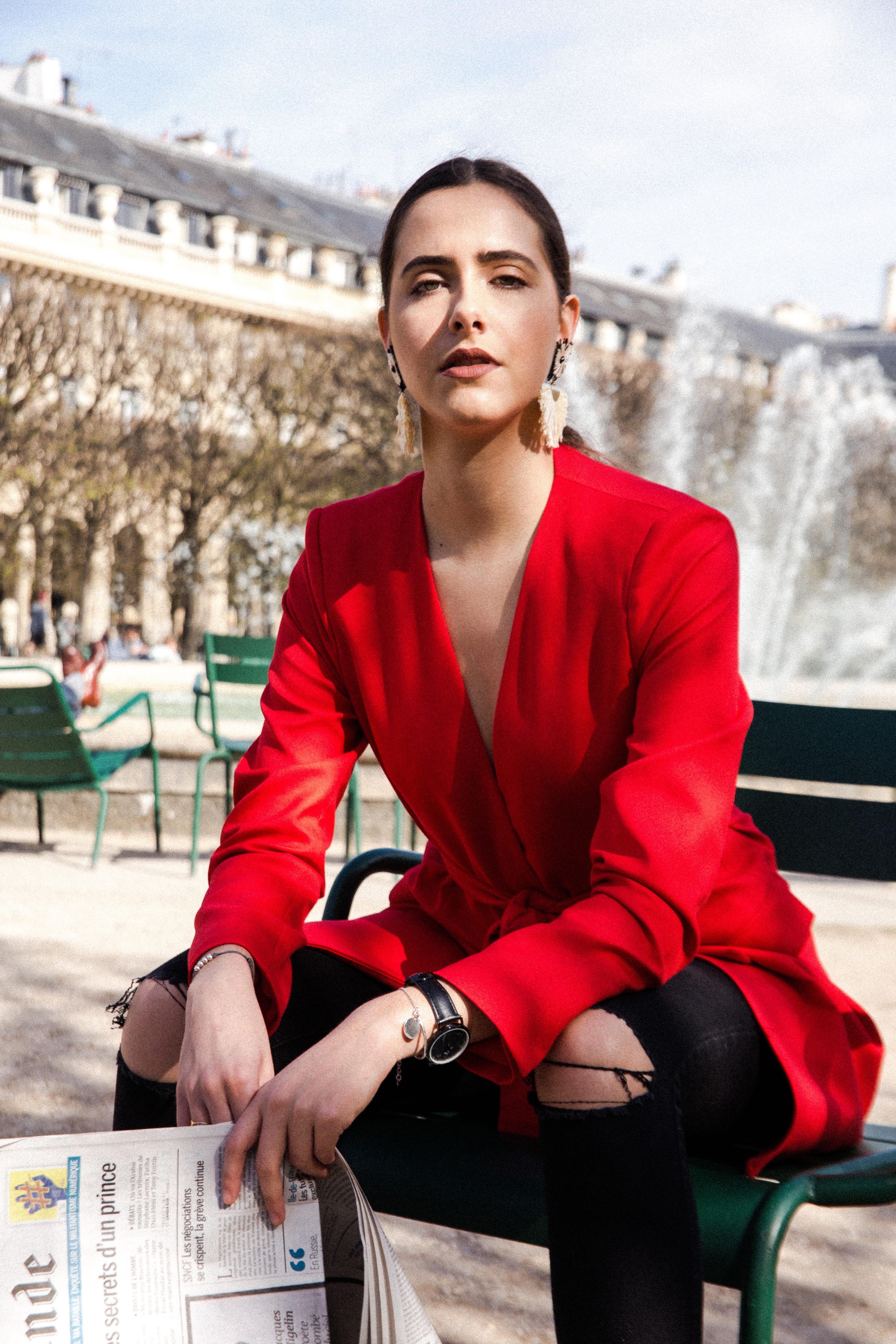 veste-tailleur-rouge-paris