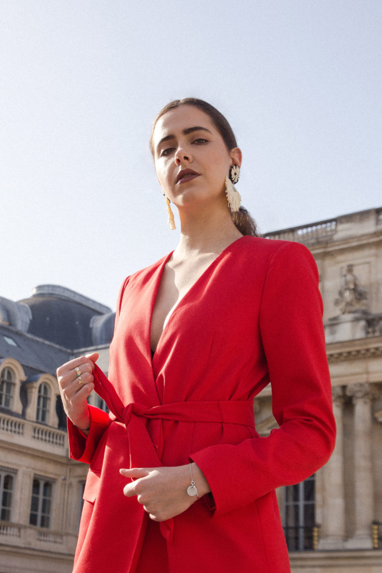 look-tailleur-rouge